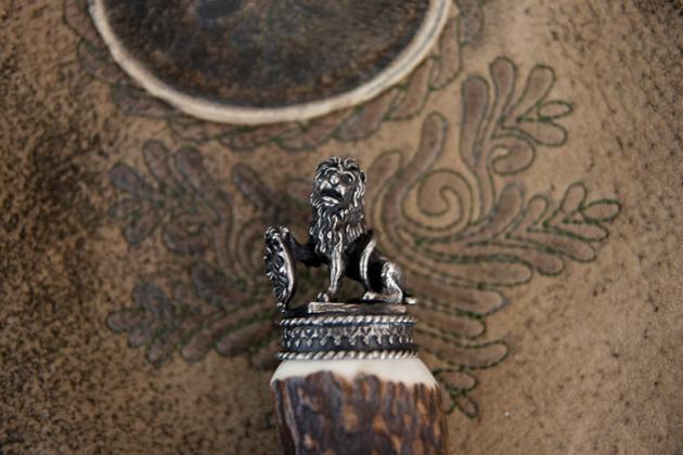 trachtenpfeiferl-löwe